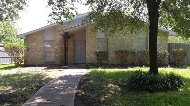 Photo of 3916 Villa Downs Drive  Plano  TX