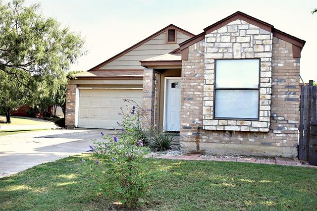 Photo of 4701 Riverpark Court  Fort Worth  TX