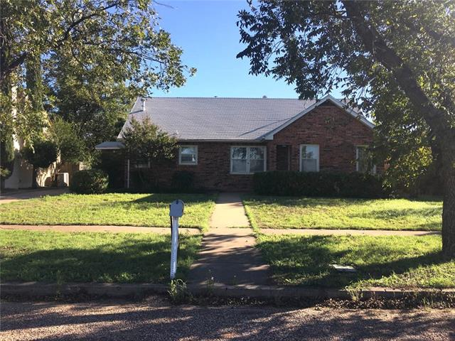 Photo of 916 Wesleyan Street  Stamford  TX