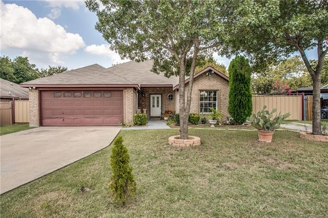 Photo of 116 San Saba Avenue  Benbrook  TX