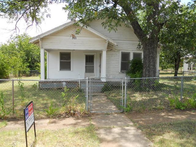 Photo of 501 4th Street  Brownwood  TX