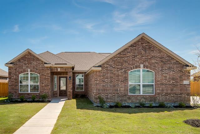 527 Shady Meadow Lane Glenn Heights, TX 75154