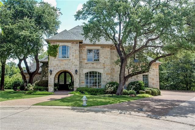 Photo of 1012 Brae Court  Fort Worth  TX