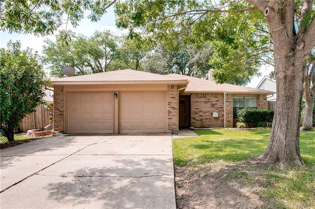 Photo of 400 Angelina Drive  Arlington  TX