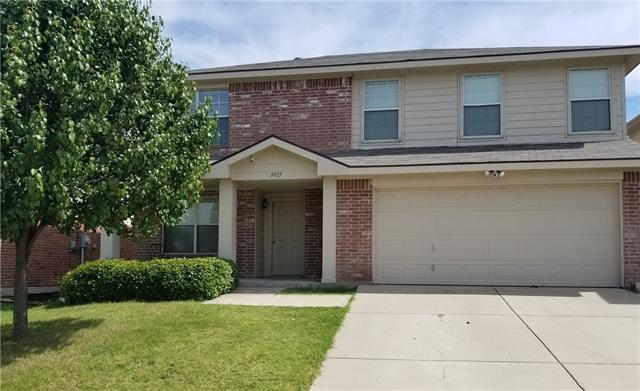 Photo of 9917 Mount Pheasant Road  Fort Worth  TX