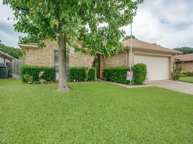 Photo of 1110 Saratoga Drive  Euless  TX
