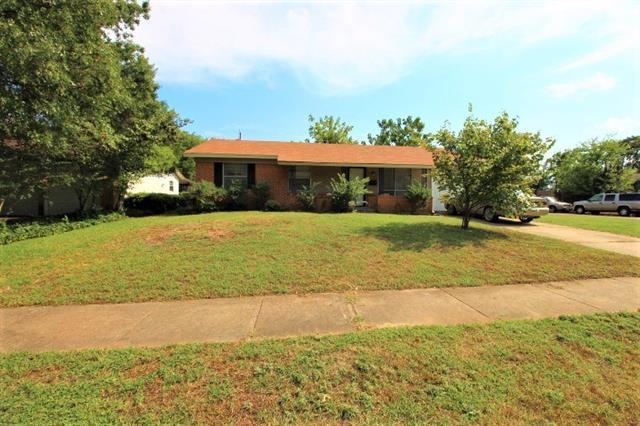 Photo of 846 Lexington Drive  Lancaster  TX