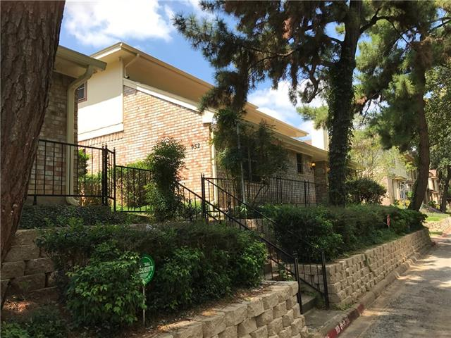 Photo of 948 Chateau Valee Circle  Bedford  TX
