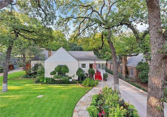Photo of 2225 Goldenrod Avenue  Fort Worth  TX