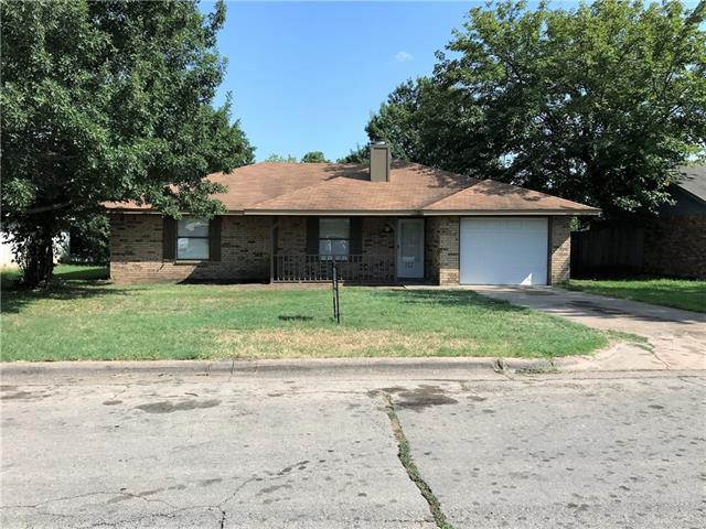 Photo of 112 Rusty Lane  Waxahachie  TX