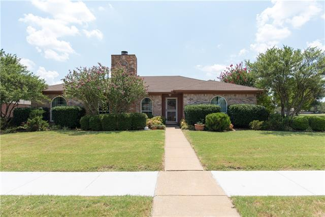 Photo of 916 Shannon Drive  Plano  TX