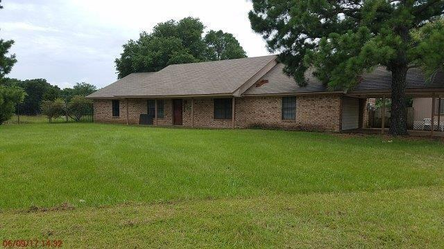Photo of 709 Willow Drive  Wills Point  TX