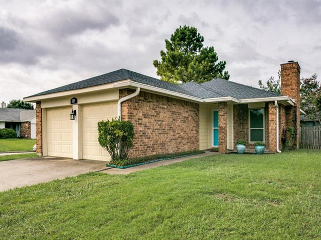 Photo of 318 Blueleaf Drive  Arlington  TX