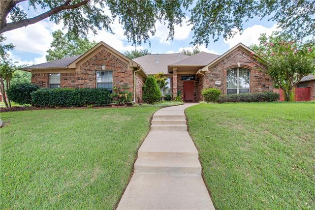 Photo of 2924 Woodpark Drive  Flower Mound  TX