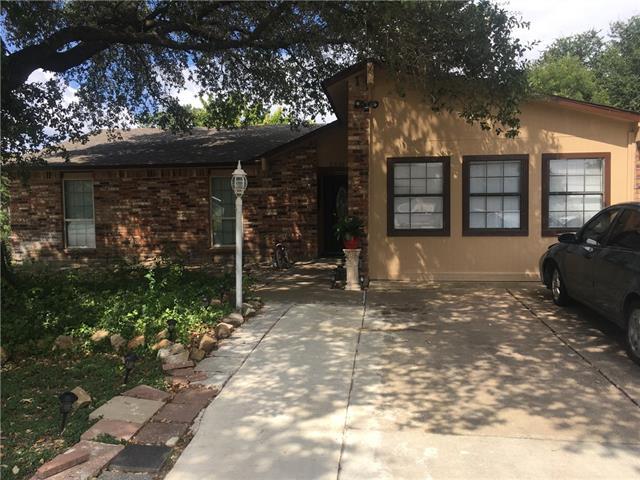 Photo of 5510 Oak Lane  Rowlett  TX