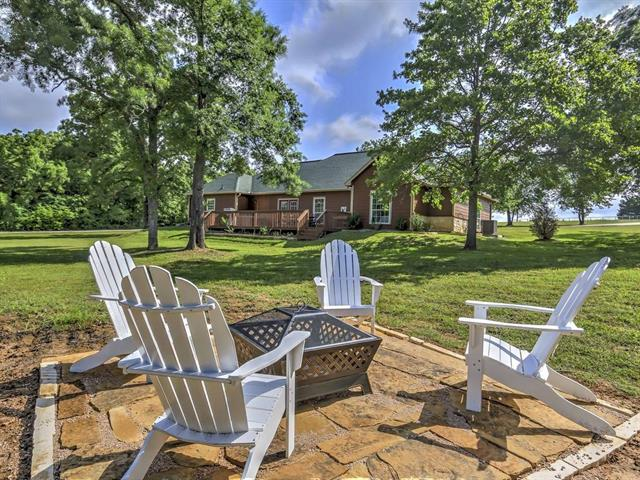 Photo of 119 Sweetwater Trail  Kerens  TX