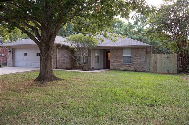 Photo of 1417 Misty Hollow Street  Denton  TX