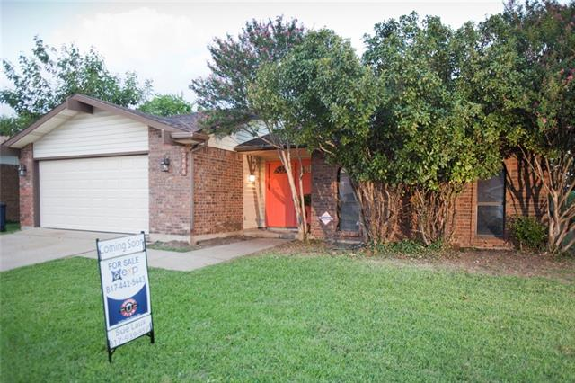 Photo of 7404 Whitewood Drive  Fort Worth  TX