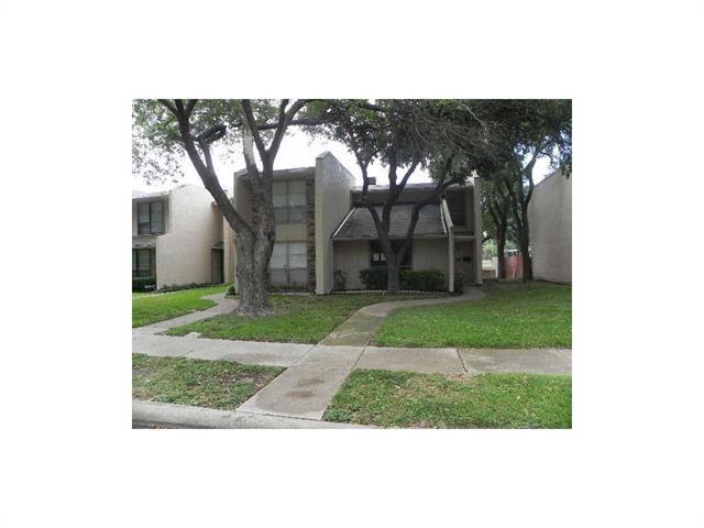 Photo of 401 Arborview Drive  Garland  TX