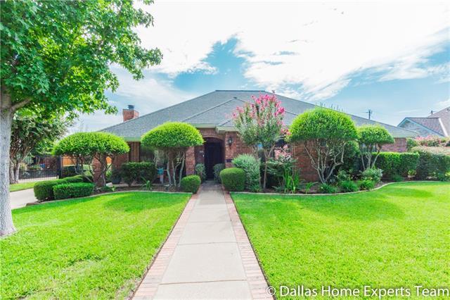 Photo of 3903 Bowden Hill Lane E  Colleyville  TX