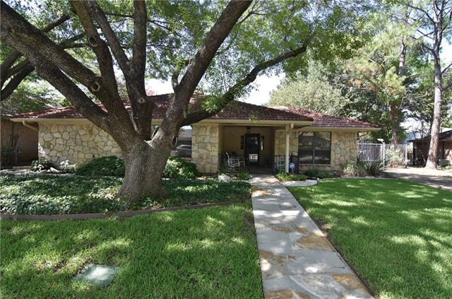 Photo of 2107 Inverness Drive  Arlington  TX