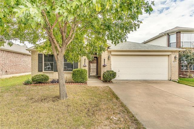Photo of 8433 Asheville Lane  Fort Worth  TX