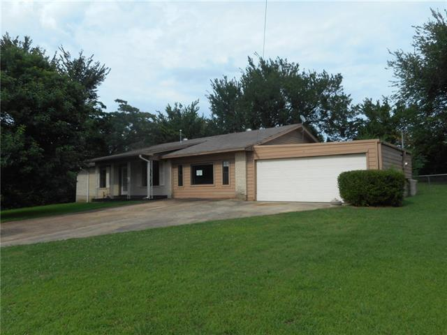 Photo of 1230 Mockingbird Lane  Paris  TX