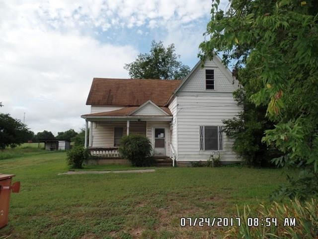 Photo of 722 Cole Street  Gainesville  TX