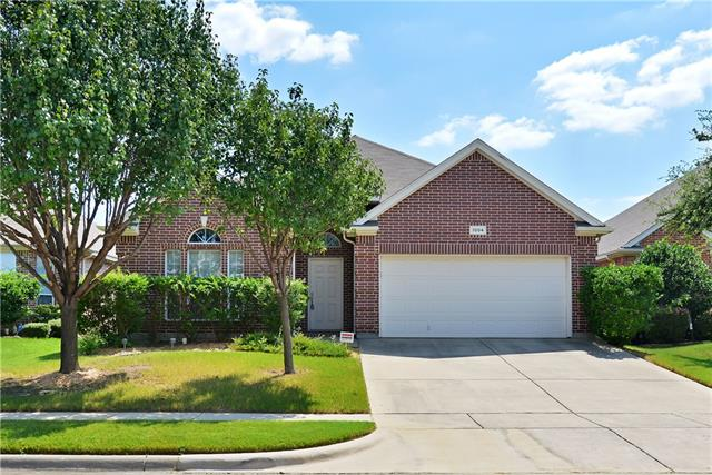 Photo of 1004 Loblolly Pine Drive  Arlington  TX