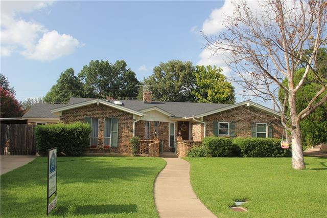 Photo of 4909 Rock River Drive  Fort Worth  TX