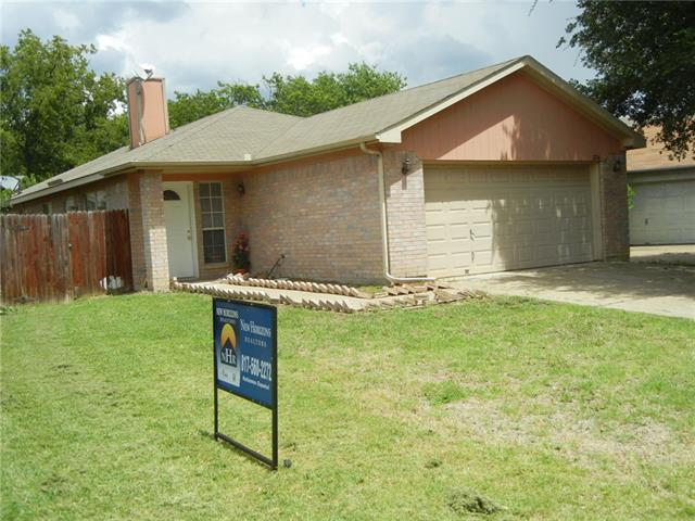 Photo of 2534 Winding Road  Fort Worth  TX
