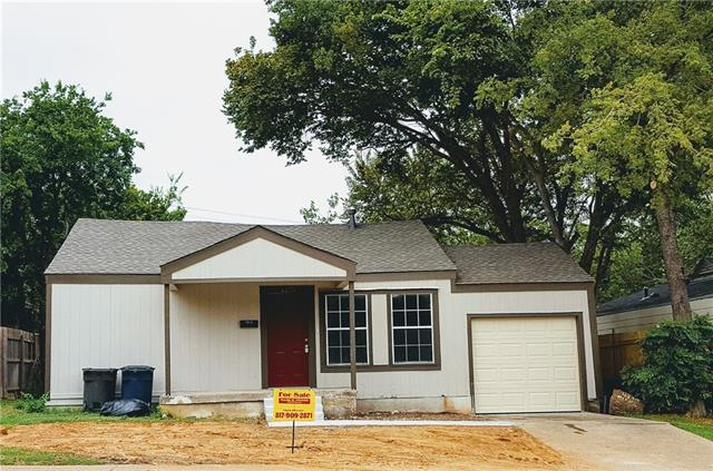 Photo of 4374 Mccart Avenue  Fort Worth  TX