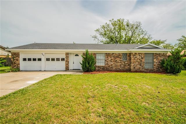 Photo of 907 Childers Avenue  Benbrook  TX