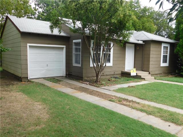 Photo of 4809 Marks Place  Fort Worth  TX