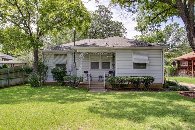 Photo of 2204 Tierney Road  Fort Worth  TX