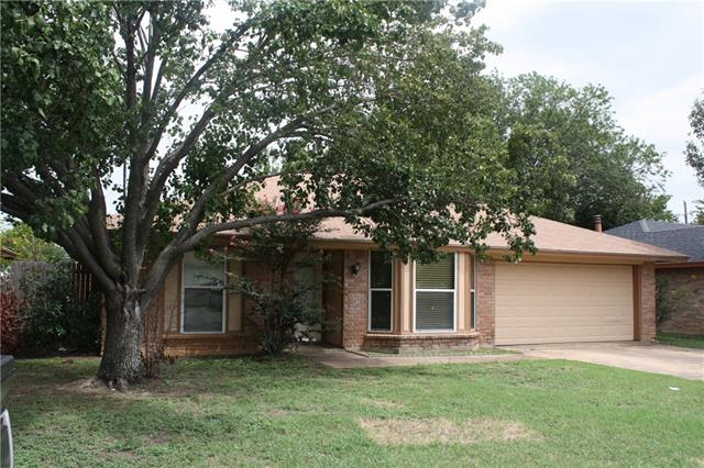 Photo of 2812 South Meadow Drive  Fort Worth  TX
