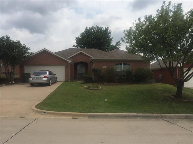 Photo of 608 Douglas Drive  Mansfield  TX
