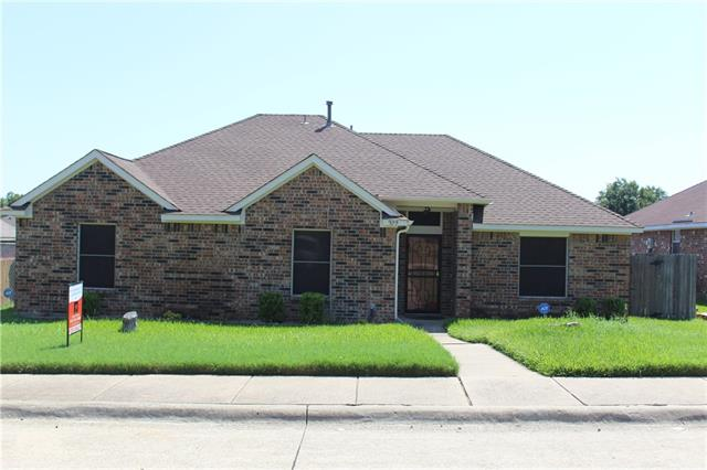 Photo of 329 N Beltwoods Drive  DeSoto  TX