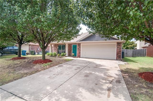 Photo of 1413 Julie Street  Seagoville  TX