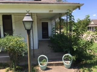 Photo of 101 S Carter Street  Whitewright  TX