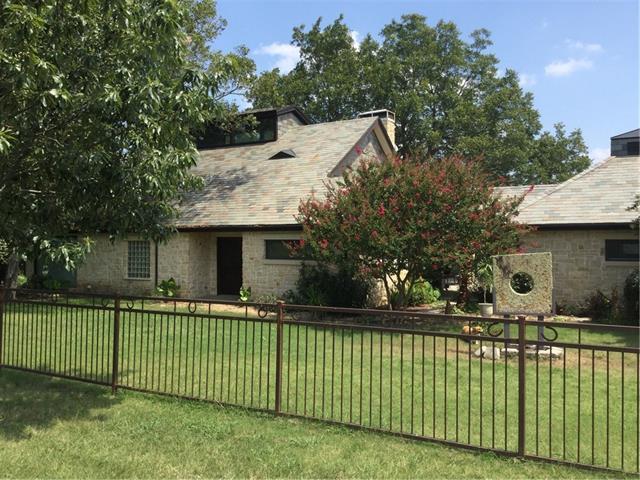 Photo of 901 County Road 4642  Trenton  TX