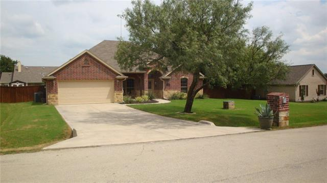 Photo of 5609 Pinkeys Court  Fort Worth  TX