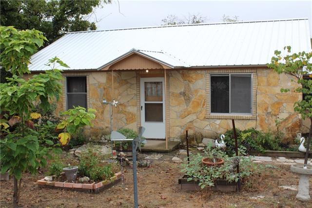 Photo of 709 Hereford Street  Glen Rose  TX