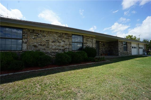 Photo of 327 Chisam Road  Valley View  TX