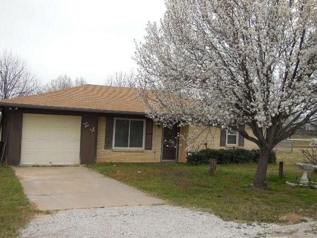 Photo of 206 Terrell Street  Ranger  TX
