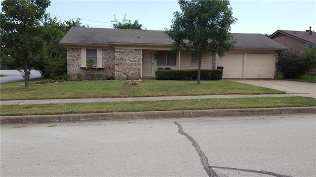 Photo of 824 E Mission Street  Crowley  TX