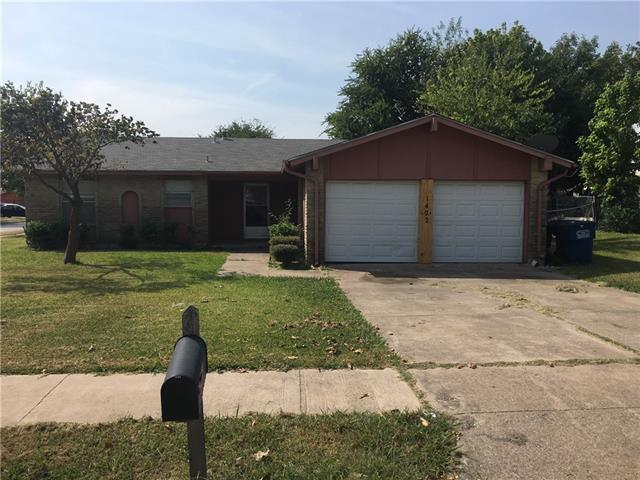 Photo of 1422 Clearbrook Street  Lancaster  TX
