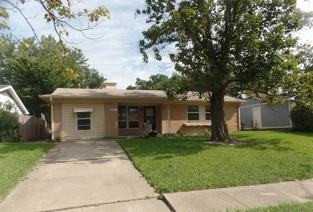 Photo of 613 Pleasant Valley Road  Garland  TX