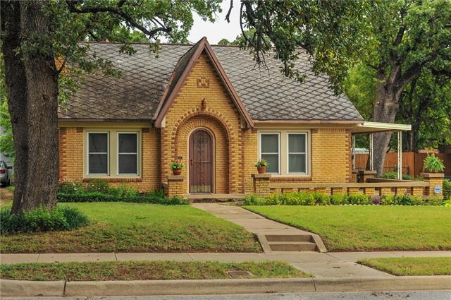 Photo of 2211 Primrose Avenue  Fort Worth  TX