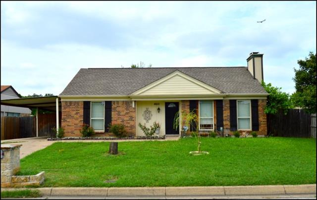 Photo of 4605 Moss Rose Drive  Fort Worth  TX